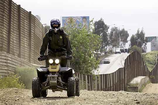 Guardia en la frontera de EEUU con México